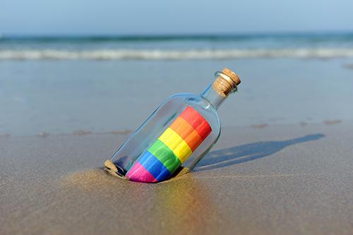 Regenbogen-Flaschenpost